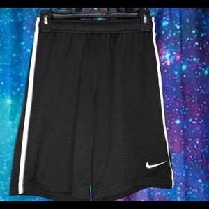 nike basketball shorts!